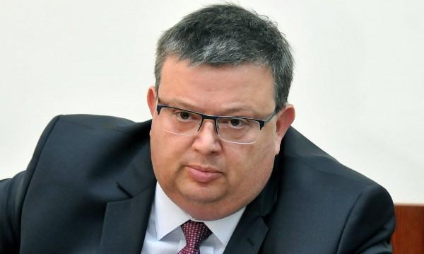 Цацаров за убийството на Петър Христов: Нагло, работим интензивно!