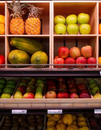 Какви храни ядем е важно, но как ги комбинираме