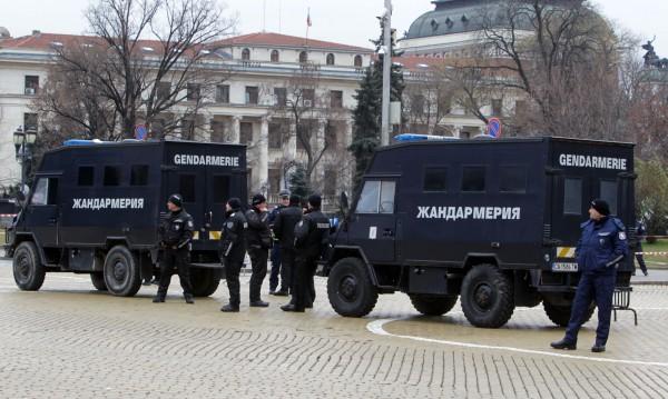 """Цветанов за """"бомбите"""": Взимат се всички мерки за сигурност!"""