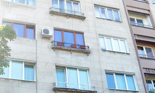 82-годишен се е самоубил в апартамента си в София?