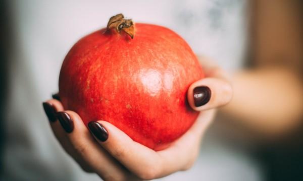 Полезни храни, подхранващи кожата