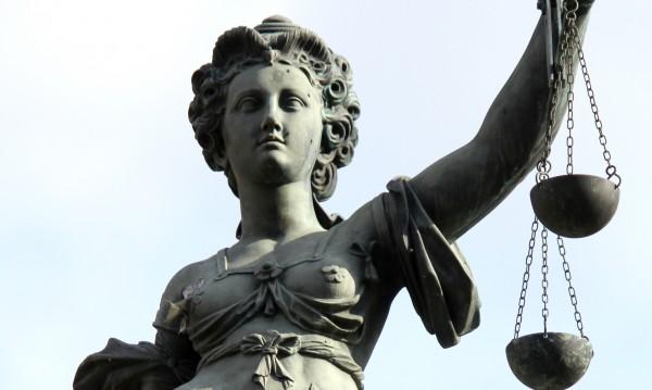Лекар от Варна осъден на 3 г. затвор за убийство на бебе