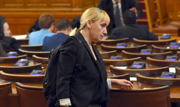 Йончева не работила за служби, нито свои, нито чужди