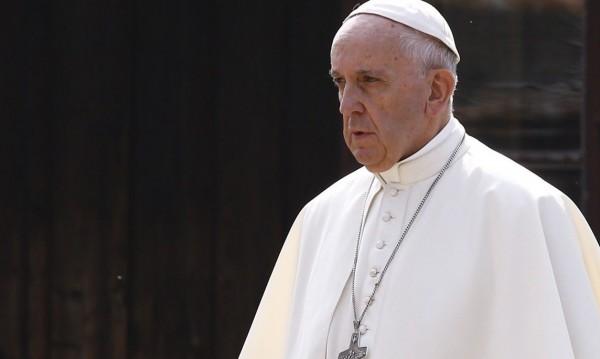 Папа Франциск се срамува от случаите на педофилия
