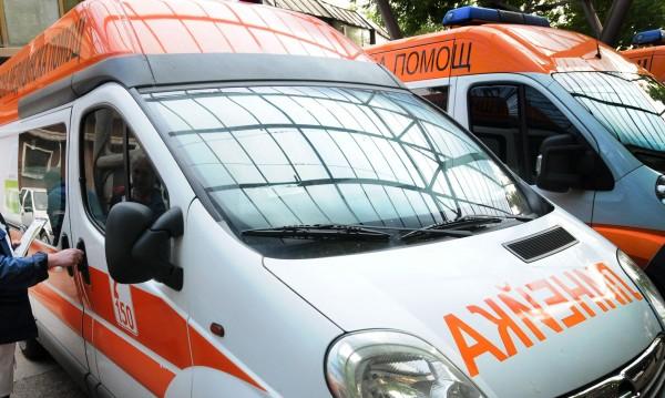 Две коли се удариха край Хасково, има ранени