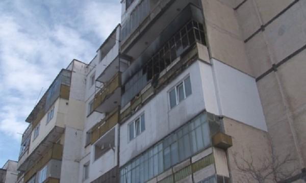 Изгоря апартамент на психично болен във Враца