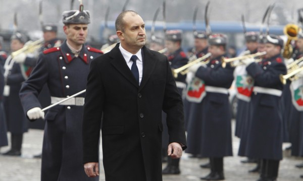 За година управление: Радев подгони Петър Стоянов по доверие