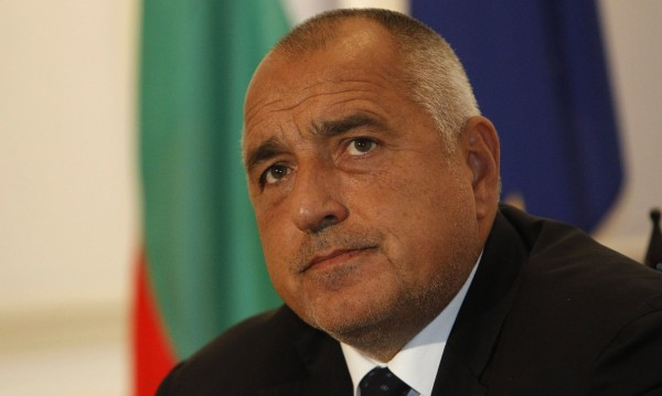 Борисов нареди на министри: Военни хеликоптери – за Бърза помощ!