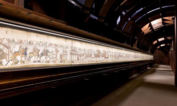 """Париж и Лондон: Розетският камък за """"Гоблена от Байо"""""""