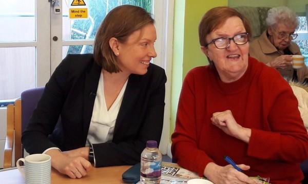 Трейси Крауч – министърът на самотата във... Великобритания