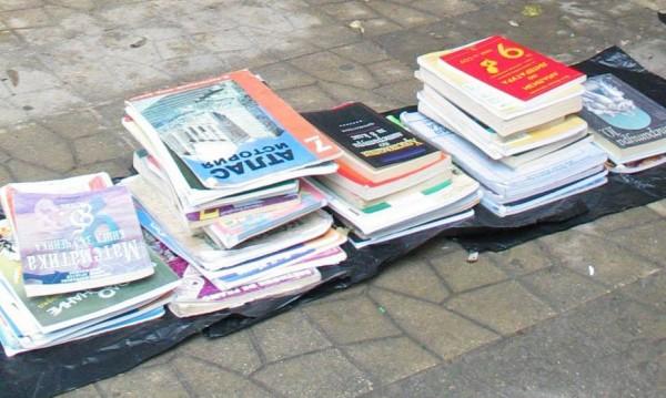 МОН: Комунизъм в учебниците има, но е балансиран!