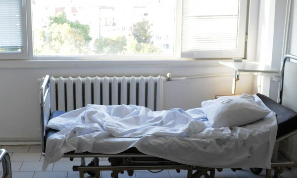 Търговище: Мъж загина, а двама са в болница след челен удар