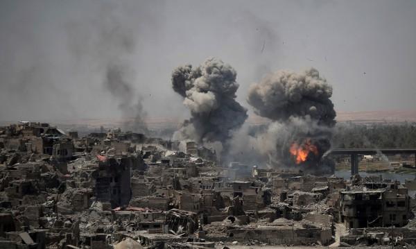 Турция нанесла нови удари по кюрдите в Северна Сирия