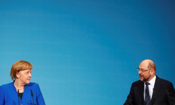 Политическата сцена в Германия: Несигурното бъдеще за Меркел и Шулц