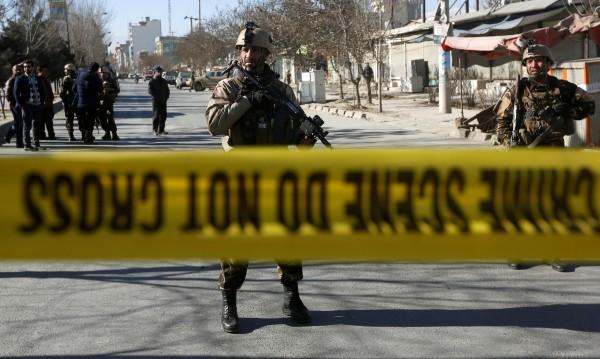 Нападатели открили стрелба в хотел в Кабул
