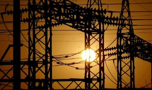 Синдикати и бизнес: Високата цена за тока е спекулативна!
