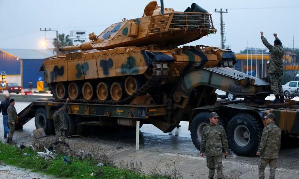 """Турция продължава с """"Маслинова клонка"""" и навлиза в Сирия"""