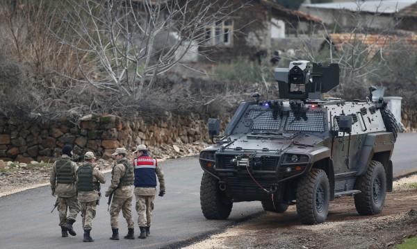 Турция притесни Франция, иска заседание на Съвета за сигурност