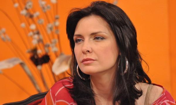 Мис България '95 отегчена: Омръзна ми от силиконки!