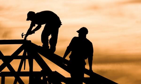 Бизнесът спешно търси: Строители за 1000 лева
