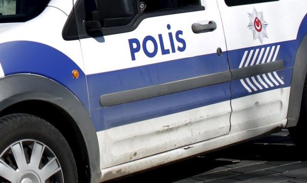 Трима българи заплашени от 18 г. затвор в Турция за трафик на хора