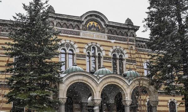 Църквата срещу Дионисий: Не може да изразява позицията на Синода
