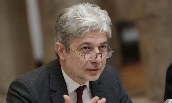 Препитаха Нено Димов в европарламента. Той: Всичко с Пирин е законно!