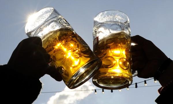 Мъж заля жена с бира! И – пет дни в ареста!