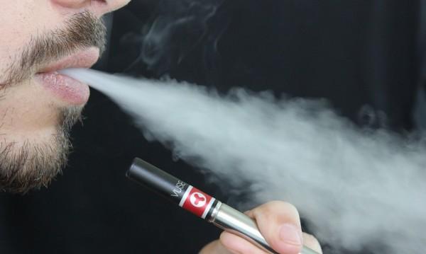 Електронните цигари - трамплин към тютюна!
