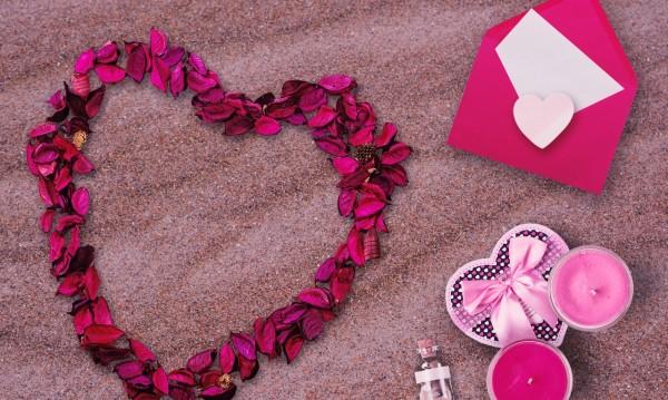 Какво да подарите за Свети Валентин според зодията?