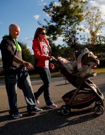 Първи стъпки: Кога прохождат бебетата?