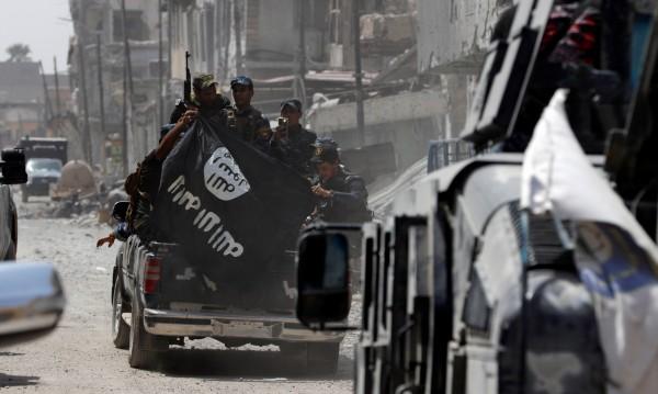 """""""Касапина от Мосул"""", """"Новия Абауд"""": Възход и падение на джихадистите"""