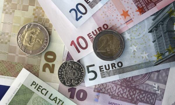 ЕС и САЩ точат саби за търговска война