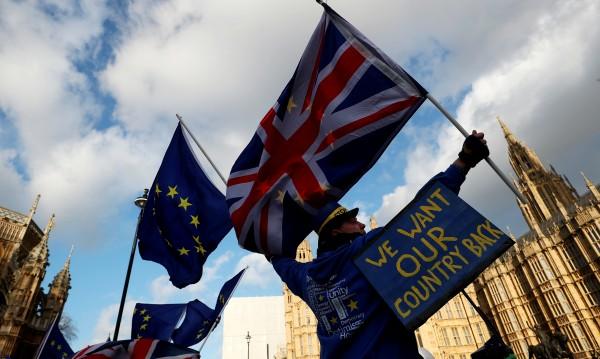 ЕС до Лондон: Оставяме ви парите, вземаме ви гласа