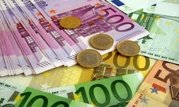 Еврочиновник: Скептични сме за България в еврозоната!