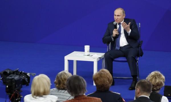 Руската армия е сред най-въоръжените, обяви Путин