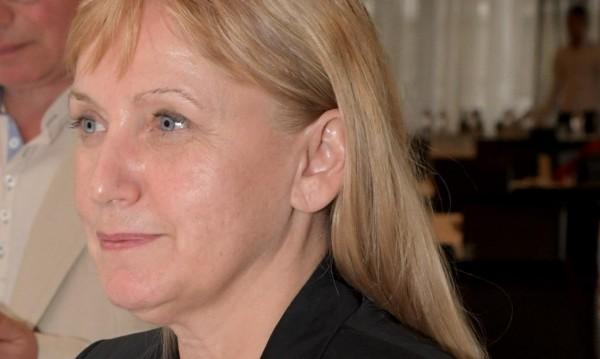 Йончева: Не аз съм искала оставката на Делян Добрев!