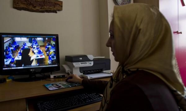 """И интернет може да е """"халал"""" – Иран се стреми към контрол"""