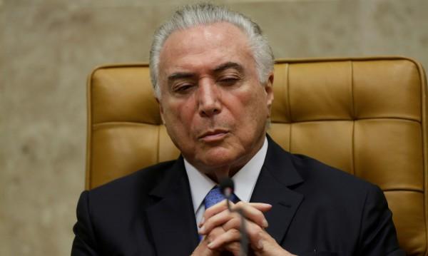 Спряха пенсията на бразилския президент – не доказал, че е жив