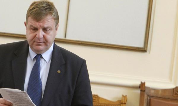 Каракачанов: Не налагам сексуални предпочитания!
