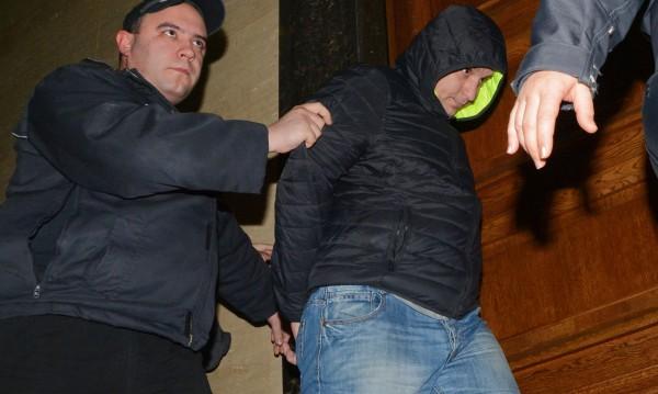 Ало измамници задържани в столицата
