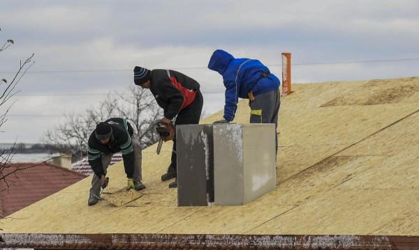 Черноработници от Балканите в мизерия, без заплати на Запад