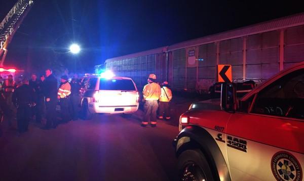 Двама загинали и десетки ранени при жп катастрофа в САЩ