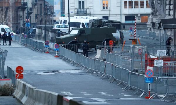Започва процесът в Брюксел срещу оцелелия терорист от Париж
