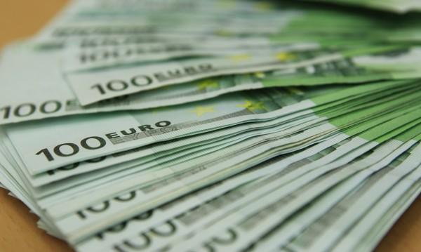 Над €800 млн. от гастербайтерите ни за... мама и тате у нас