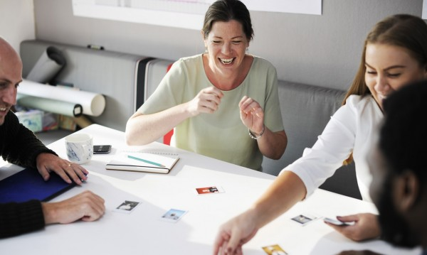 Как да останете позитивни по време на работа?