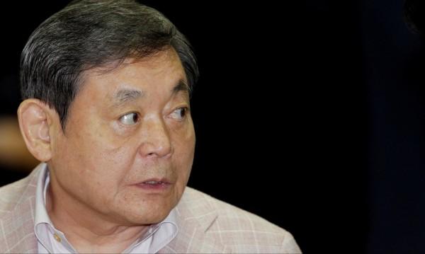 Корея погна болния председател на Samsung