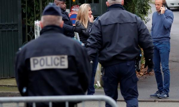 За безопасно ежедневие: Франция с полиция в проблемни места