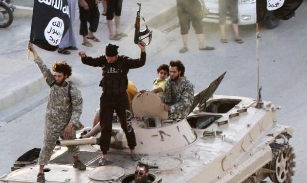 Сирийски кюрди заловиха британски джихадисти от ИД