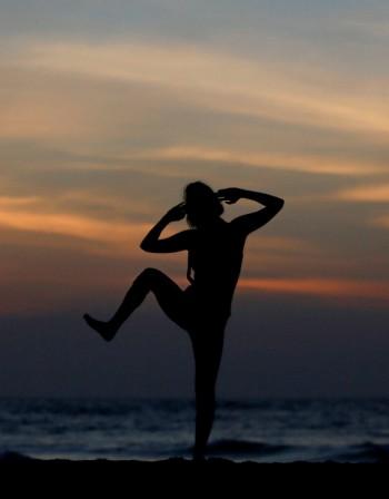 Защо не отслабваме само с йога? Основните причини...